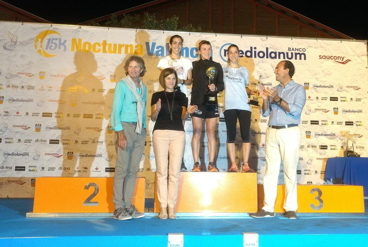 podium_femenino_15K